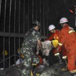 Rescatados 23 mineros tras una explosión con 11 muertos en una mina en China