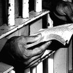 Libro saca a la luz cartas de presos políticos durante la dictadura argentina
