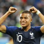 """Mbappé, el """"príncipe"""" de los suburbios parisinos"""