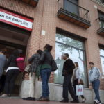 El desempleo sube en EEUU mientras mercado sigue creando empleos a buen ritmo