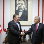 Pompeo se compromete con México a luchar contra corrupción y violencia