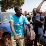 Al menos un muerto en protestas por el arresto de diputado opositor en Uganda