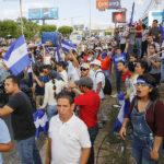 Autoconvocados de Nicaragua se citan en apoyo a médicos destituidos