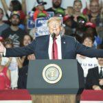 Trump arremete contra los demócratas y reta a Cuomo a enfrentarse a él