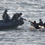 Rescatan nueve personas que estaban en embarcación a la deriva en Puerto Rico