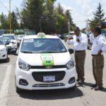"Retira transportes ""sitio"" de taxis frente a la clínica del ISSSTE"