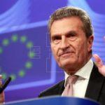 Oettinger: Si Turquía necesita ayuda debe recurrir al FMI, no a la UE