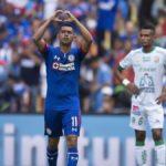 Cruz Azul lidera el Apertura mexicano; el chileno Dávila a los goleadores
