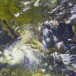 John se convierte en huracán categoría 1 y absorberá a la tormenta Ileana