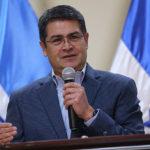 Hernández firma decreto para reconocer acuerdos sobre diálogo en Honduras