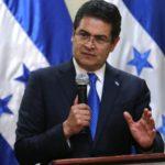Presidente hondureño pide seguir debido proceso en caso de exjefe del Supremo