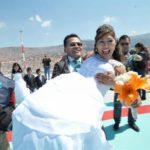 Primeros recién casados visitan helipuerto de la sede del Gobierno de Bolivia