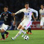 Torres marca y se lleva el triunfo ante Iniesta en su primer duelo en Japón