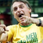Apoyo a Bolsonaro aumenta levemente en el primer sondeo tras sufrir atentado