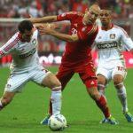 El Bayern vence por 3-1 al Leverkusen y es líder en solitario