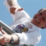 El ataque que sufrió Bolsonaro tiene leve efecto en la disputa electoral