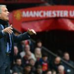 """Mourinho se queja del árbitro y clama que su equipo necesita """"un reinicio"""""""