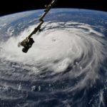 Florence toca tierra debilitado como categoría 1
