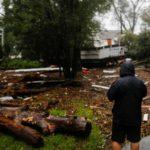 """Florence deja 9 muertos y lluvias """"épicas"""" que desbordan ríos y lagos en EEUU"""