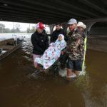 """Florence deja ya 11 muertos y lluvias """"épicas"""" que desbordan ríos en EE.UU."""