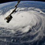 Florence sube a categoría 4 mientras se aproxima a la costa sureste de EE.UU.