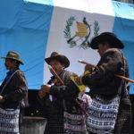 Indígenas bloquean carreteras y exigen retiro inmunidad presidente Guatemala