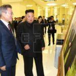 Kim y Moon inician en Pionyang su segunda y determinante reunión