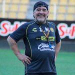 Los Dorados de Maradona reciben mañana a los Leones, obligados a vencer