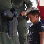 Más de 200 niños separados en la frontera no podrán reunirse con sus padres