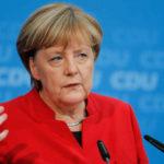 Merkel y sus socios se replantearán futuro de polémico jefe de espionaje