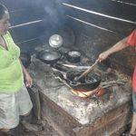Señalan riesgo de cáncer por inhalar humo de leña en zonas rurales de México