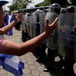 Un muerto, 5 heridos y 10 detenidos en nueva jornada violenta en Nicaragua