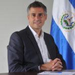 Candidato presidencial presenta iniciativas contra corrupción en El Salvador