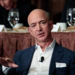 Bezos desbanca a Bill Gates como el estadounidense más rico, según Forbes