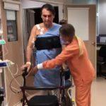 """Bolsonaro presenta """"buena evolución"""" de puñalada pero aún necesita cuidados"""