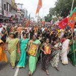 Devotos impiden a mujeres entrar a un templo en India pese a orden judicial