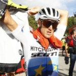 El italiano Trentin gana la quinta etapa, su compatriota Moscon sigue líder