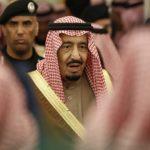 El rey y el heredero de Arabia Saudí envían condolencias a hijo de Khashoggi