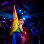 Fracasa referendo que veta matrimonio gay en Rumanía por la abstención masiva