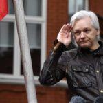 Garzón presenta acción legal de protección para Assange contra Ecuador