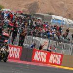 Jonathan Rea extiende a nueve su serie de triunfos en el Superbike