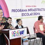 Entrega Lety Herrera sanitarios nuevos  y construye un aula más para primaria