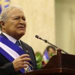 Salvadoreños reprueban gestión de Sánchez Cerén con nota de 4,5, según sondeo
