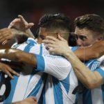 Tigre gana y sueña con la permanencia en la Superliga que lidera Racing Club