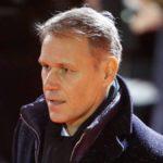 Van Basten deja de ser director de desarrollo técnico de la FIFA