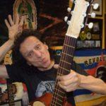 """Álex Lora: """"Para cumplir 50 años en el rock se necesita un poco de gracia"""""""