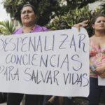 """Piden a CIDH """"medidas de protección"""" para salvadoreña juzgada por aborto"""