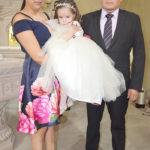 Presentan al templo a la pequeña Emily Fernanda Morales Montes