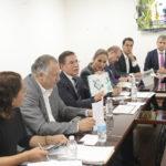 Aispuro entrega Proyecto Rector a legisladores federales