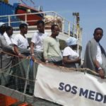 "Desembarcan en Italia 264 migrantes ""abandonados por Malta"", según Salvini"